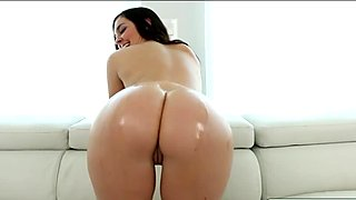 Hot ass stepsis Brittany Shae pussy rammed by her stepdad