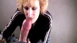 Milf sucks and swallows huge cumshot