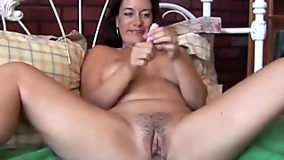amateur with big tits a fat pussy