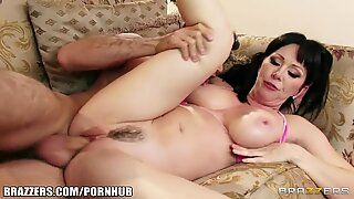 kinky big-tit mummy Rayveness nails her young poolboy