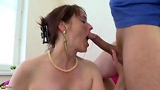 Motherfucker fucks mature mother