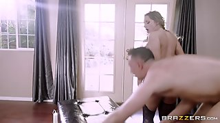 Cali Carter shows her ass and got fucked