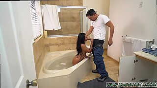 Lexy Bandera get's big Dick in Bathroom