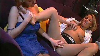 Babes Exchanging Foot Fetish Licking