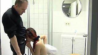 Sucking After Shower - Julia Reaves
